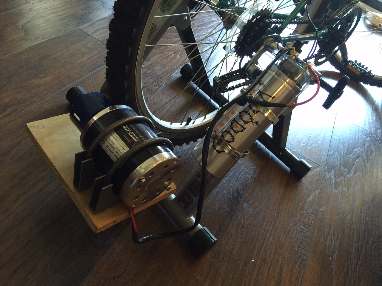 Bike Power: Rack, 12V Motor and 12V 500W Audio Capacitor